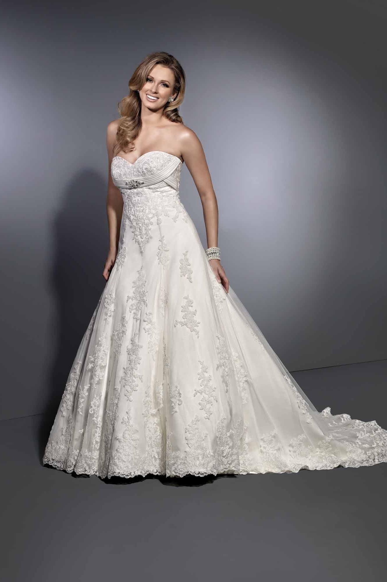 Svadobné šaty - Ostatné Archives - Page 2 of 3 - elegantstitch 4555f9fa514