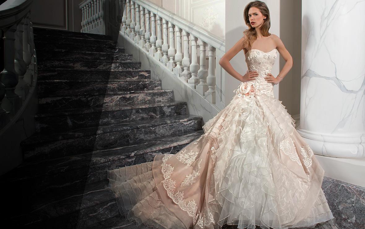 Svadobné a spoločenské šaty